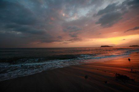 湘南の海沿いに住むメリット・デメリットを、20年以上暮らした経験から全部お話します。